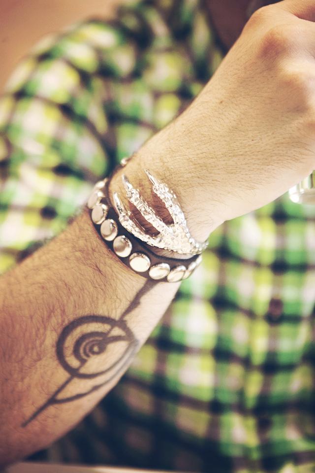 Fashion blogger, Jewelry, Accessories, Born Pretty Store,  punk, retro, fashion, eagle paw, claw, bangle, big rivets, leather