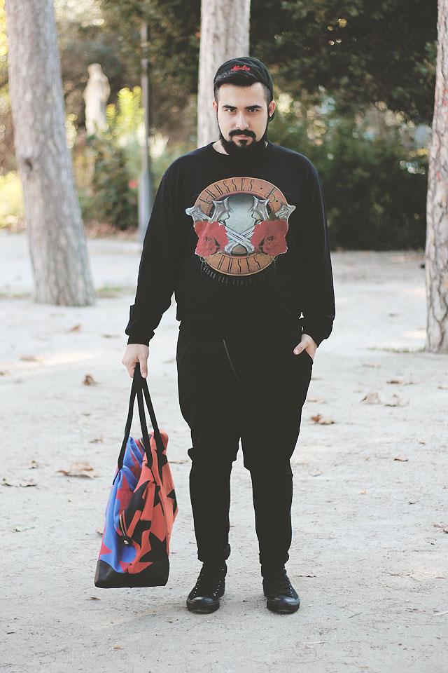 fashion blogger, roma, uomo, outfit, all black, sneakers, scarpe da ginnastica, converse, asos, plimsolls, chroy, giuro che domani smetto, viviene westwood, guy overboard