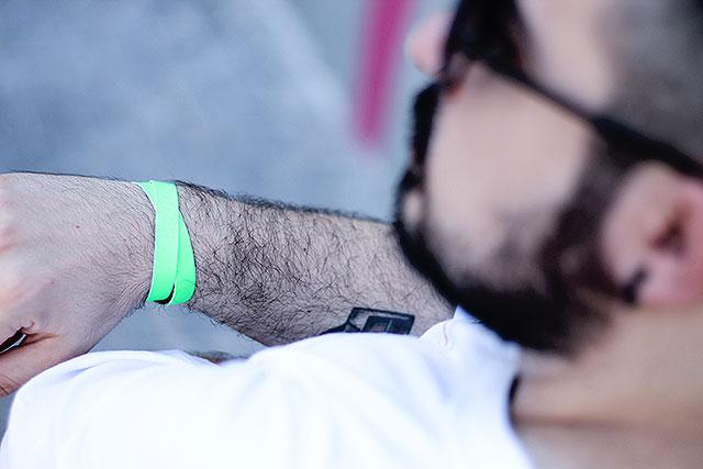 bracciale pelle, leather bracelet, bracciale fluo, via pisa 28