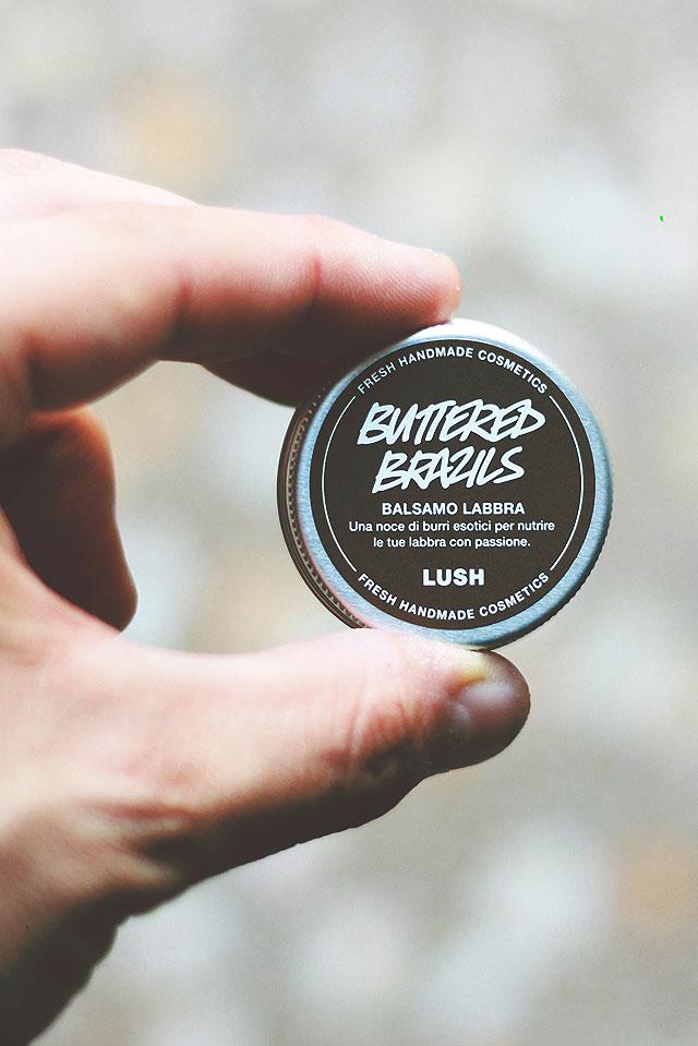 lush prodotti labbra, buttered brazils balsamo labbra, labbrividisco labbrasivo