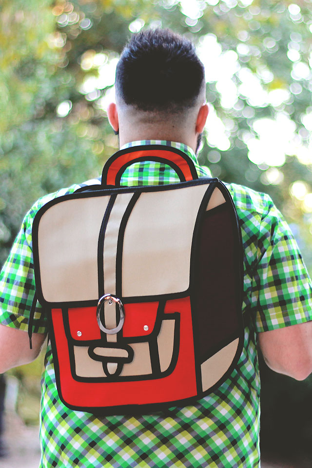 cartoon bag, 2D cartoon backpack, zaino 2D, jump from paper