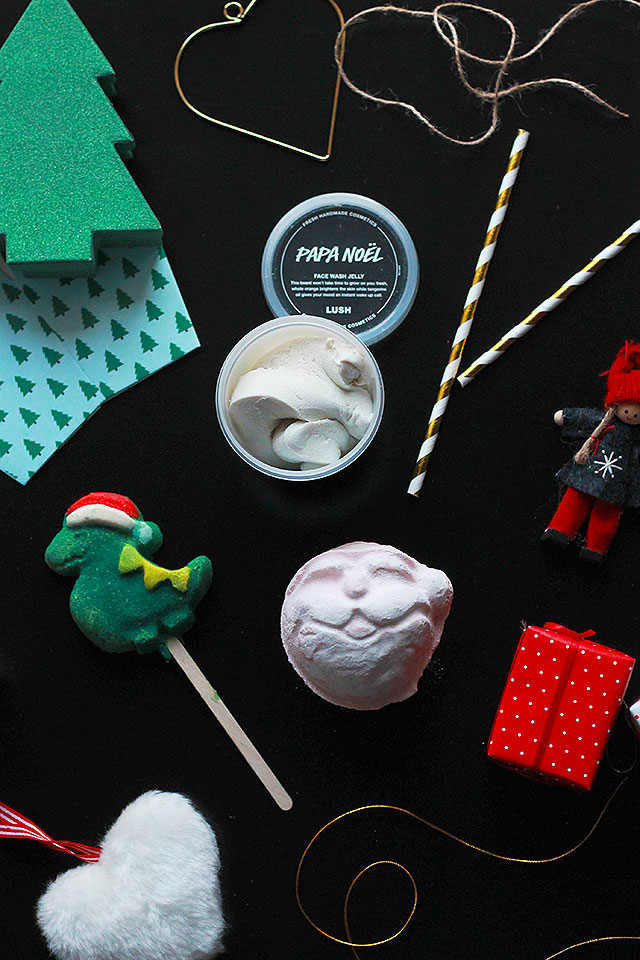products lush christmas 2016, bubble bar santasaurus, face jelly papa noel, bath bomb father christmas