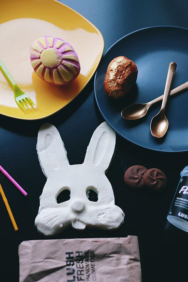Lush Pasqua 2017, Bomba da bagno oro glitter, maschera coniglio