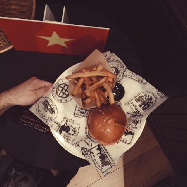 Hard Rock Cafe, World Burger Tour