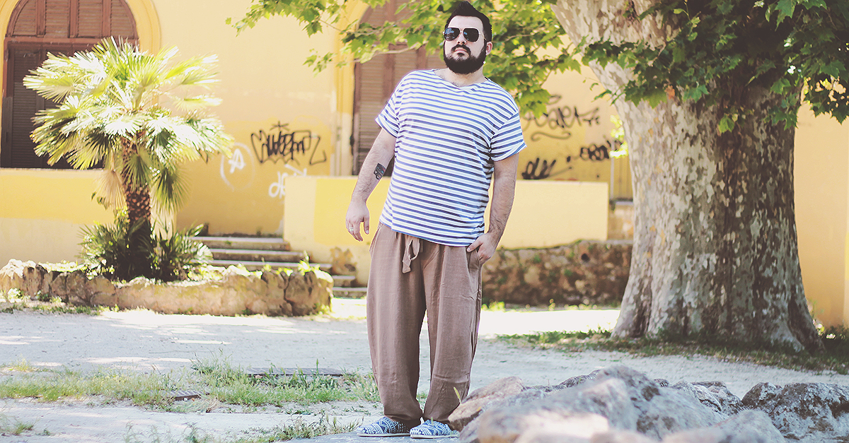 If you are looking for an easy way to create a casual summer look, men harem pants are an excellent option to match with every item in your closet