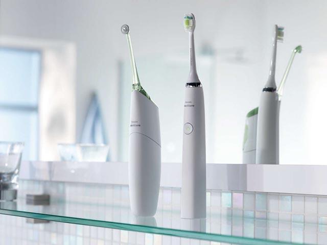 spazzolino elettronico sonico Philips Sonicare DiamondClean