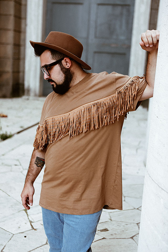 asos, stile western da cowboy, maglia frange, look taglie forti, plus size men outfit