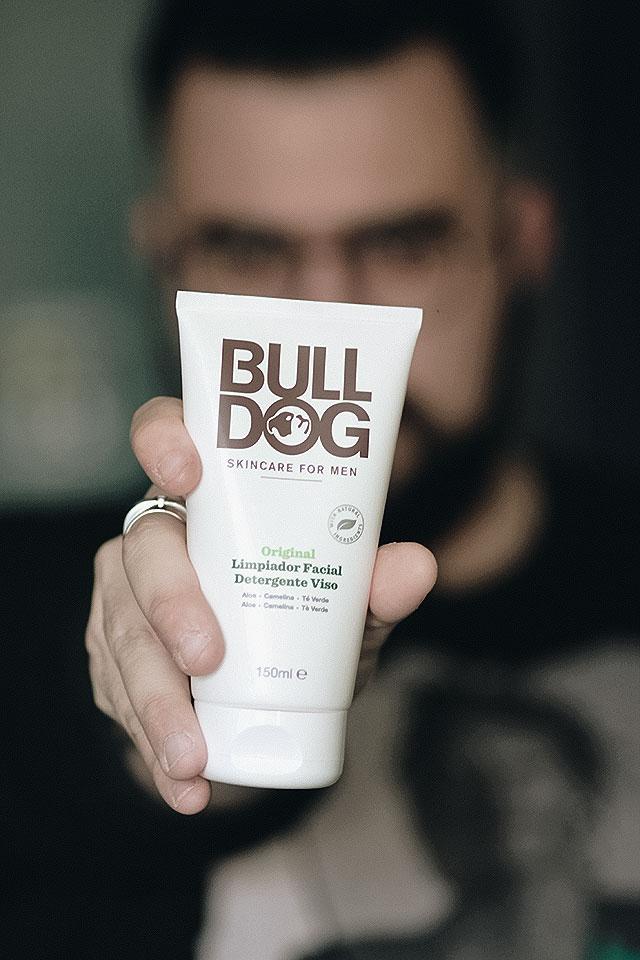 bulldog, skincare for men, pulizia del viso, detergente viso, crema idratante