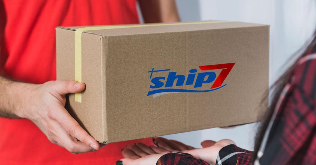 Ship7 permette di registrarsi in maniera gratuita sul loro sito per ricevere alla propria mail un indirizzo americano a cui inviare i propri acquisti