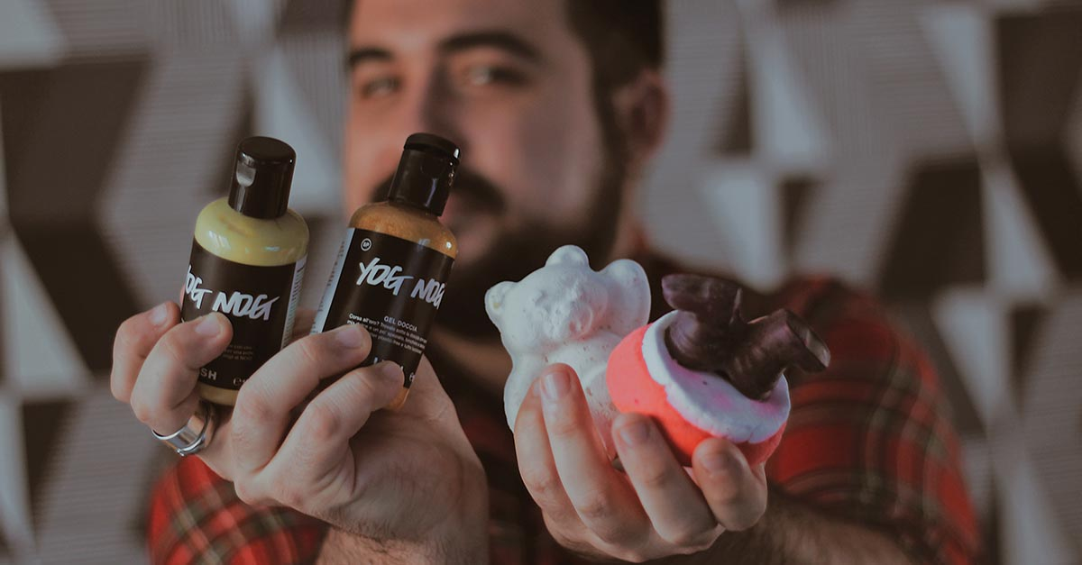 Lush presents the new collection dedicated to Christmas 2020 to warm hearts and relax the mind with a pinch of fragrant magic