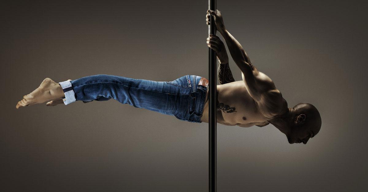 In occasione di Pitti Uomo 90, Liu Jo Uomo presenta il jeans realizzato in denim cimosato stretch in cui convergono innovazione, qualità e Made in Italy