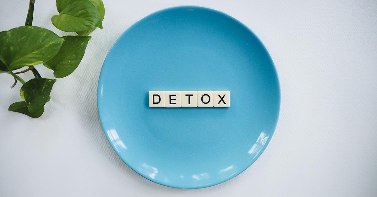 Detox non è nient'altro che un modo alternativo di chiamare quello che a tutti gli effetti è una dieta: il cibo delle feste non è tossico